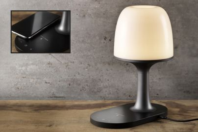 Hi5 bordlampe med innebygget lader
