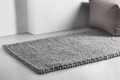 Hay PEAS teppe grå 140x70