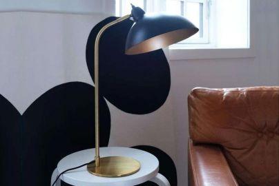 Dyberg Larsen Futura bordlampe