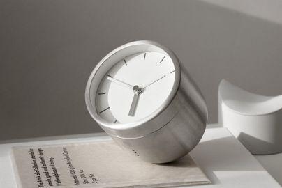 Menu Norm Tumbler Alarm Clock, børstet stål