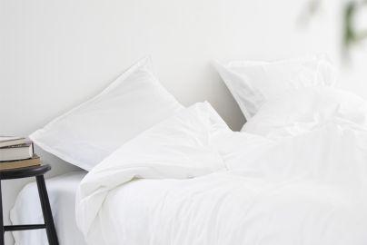 Elegant sengetøy i egyptisk bomull, hvit
