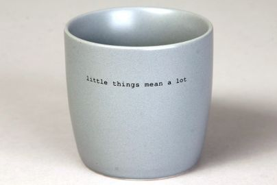 "Søgne Krus grå ""little things mean a lot """