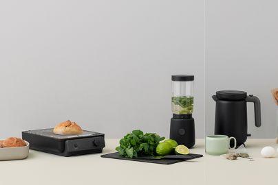 Stelton RIG-TIG toaster, vannkoker og blender sort