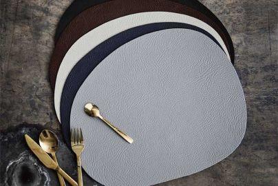 Aida Raw bordbrikker i gjenbrukslær grå 12 stk